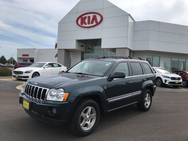 Pre-Owned 2005 Jeep Grand Cherokee Limited