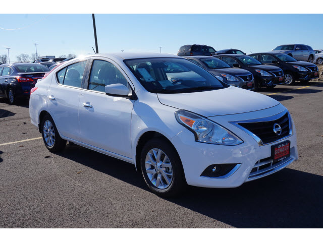 New 2018 Nissan Versa Sv Cvt Sv 4dr Sedan In Naperville