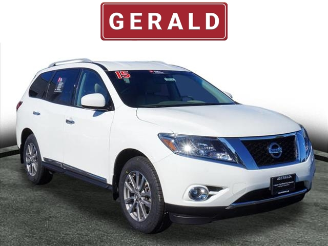 Certified Pre-Owned 2015 Nissan Pathfinder SL 4X4